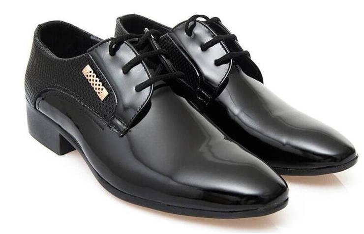 Лакированные школьные туфли для мальчика со шнурками