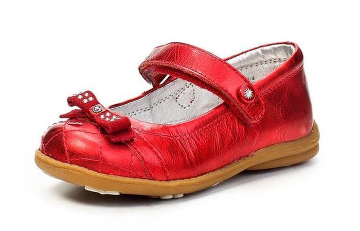 Красные туфли для девочки на липучках