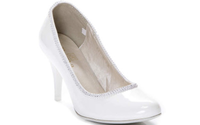 Женские белые туфли на среднем каблуке