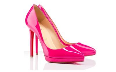 Элегантные розовые лакированные туфли