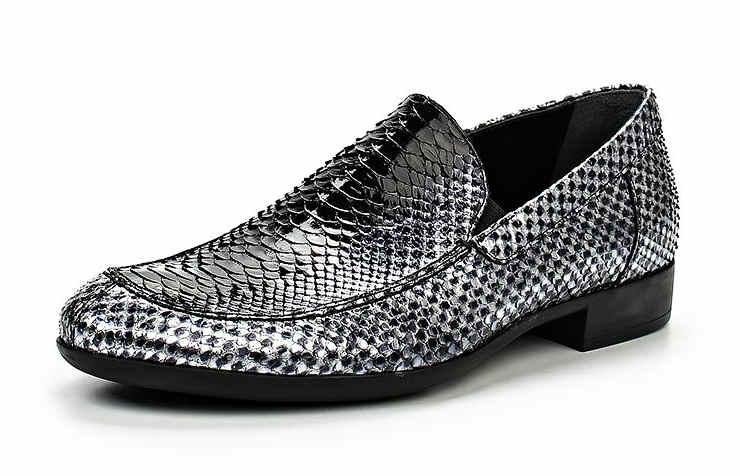 Серебряные туфли под рептилию
