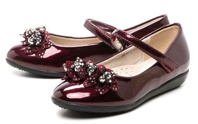 Бордовые туфли для девочек