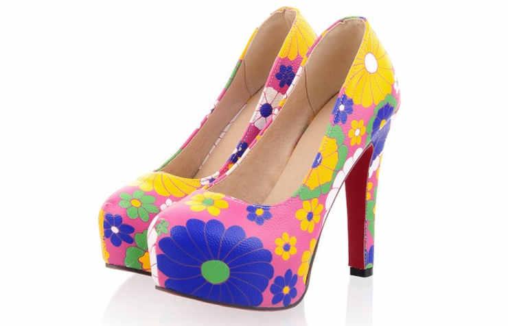 Розовые туфли на скрытой платформе
