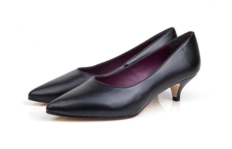 классические туфли на низком каблуке 3 см