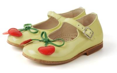 Лаковые туфли для девочек от Gallucci