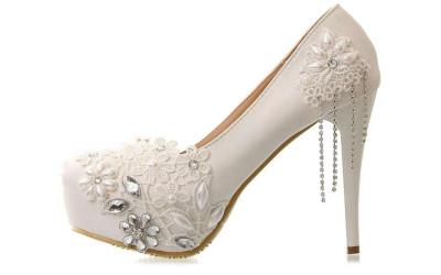 Свадебные туфли от Джими Чу