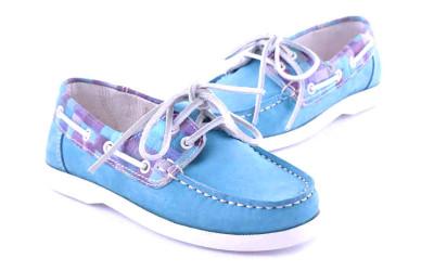 Голубые туфли-мокасины