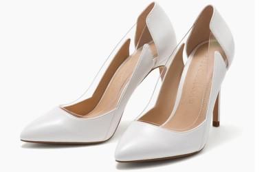 Белые туфли на высокой шпильке с прозрачными вставками